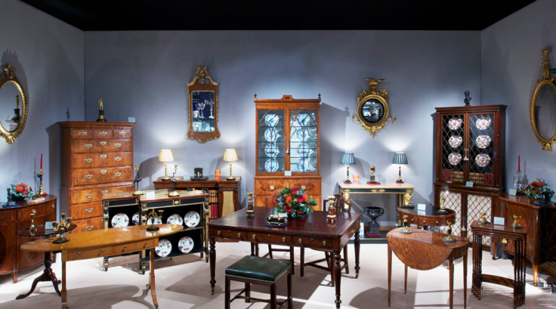 Learn about antiques at a fair