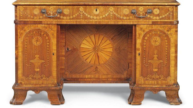 The Chippendale bureau in Christie's sale