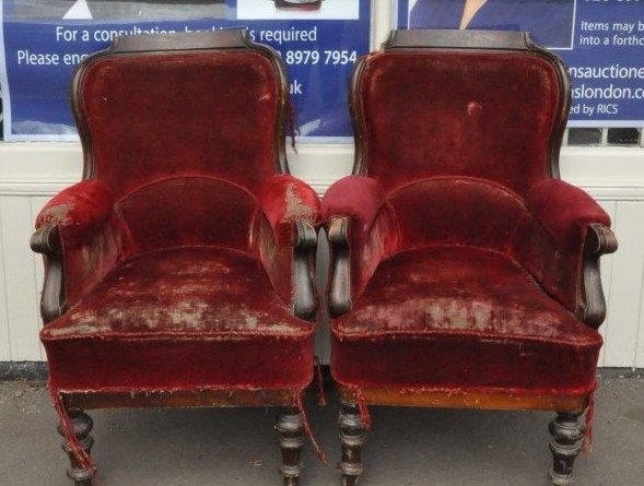 The pair of Harry Potter chairs sold at auction