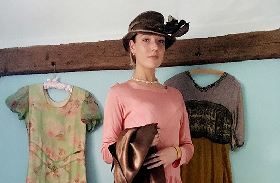 Examples of vintage fashion in Surrey sale