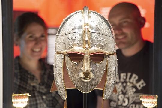 Sutton Hoo replica King's helmet and shoulder clasps