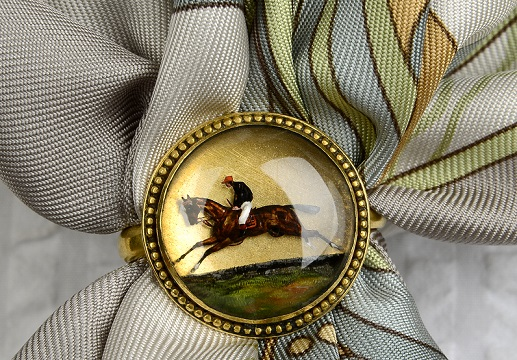 Horse racing scarf ring