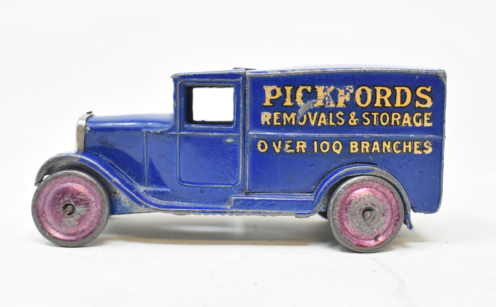 Dinky Toy Pickfords' van