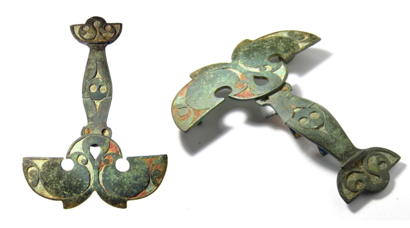 A Celtic chariot brooch that sold at Hansons Auctions