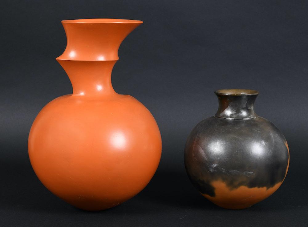 Pottery vessels by Dame Magdalene Odundo