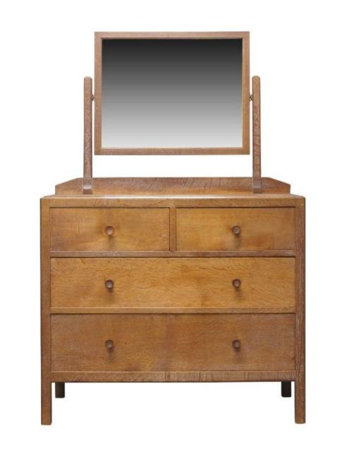 Dressing table by Heel's