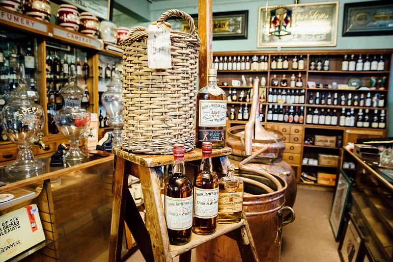 Whiskey and pub memorabilia in sale